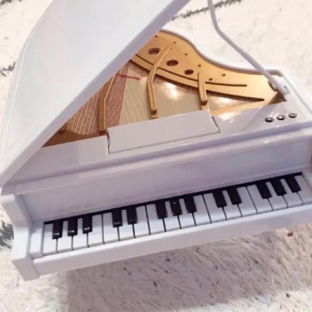ピアノ おもちゃ キッズ/ベビー/マタニティのおもちゃ(知育玩具)の商品写真