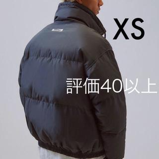 フィアオブゴッド(FEAR OF GOD)の即納 XSサイズ FOG  Essentials Puffer Jacket 黒(ダウンジャケット)