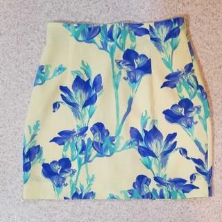 マーキュリーデュオ(MERCURYDUO)のマーキュリーデュオ 花柄スカート(ミニスカート)