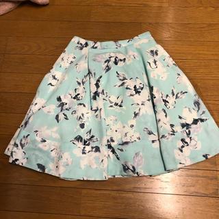 マーキュリーデュオ(MERCURYDUO)のマーキュリーデュオ 花柄スカートSサイズ(ミニスカート)