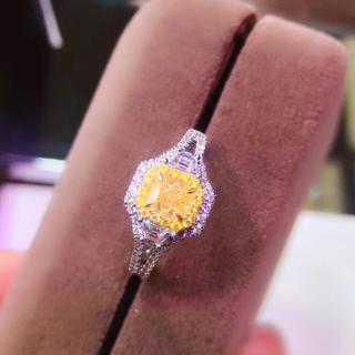 (天使の指輪)天然 ファンシー イエロー ダイヤ リング 0.52ct VS1(リング(指輪))