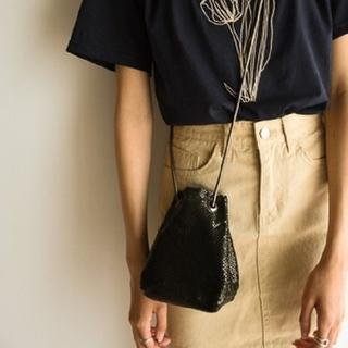 ロキエ(Lochie)のショルダーバッグにも使える2way mini bag ブラック(ショルダーバッグ)