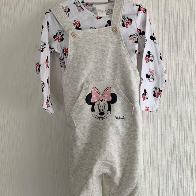 H&M(エイチアンドエム)のH&M  85  ミニーカバーオール  長袖シャツ キッズ/ベビー/マタニティのベビー服(~85cm)(Tシャツ)の商品写真
