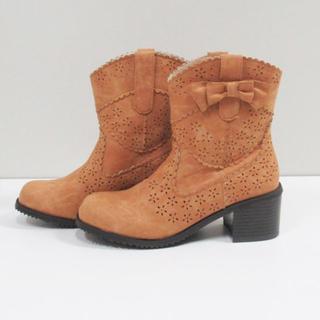 【新品未使用】ショートブーツ ウェスタンレザー調 リボン 22.5~23.0cm(ブーツ)