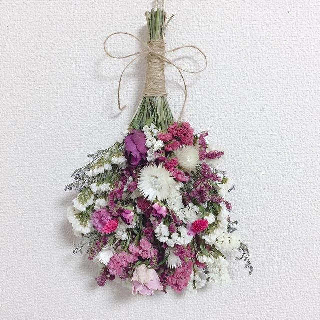 ドライフラワースワッグ✿ホワイト*ピンクMIX 35cm ハンドメイドのフラワー/ガーデン(ドライフラワー)の商品写真