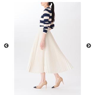 ツルバイマリコオイカワ(TSURU by Mariko Oikawa)のマリコオイカワ 人気 プリーツスカート 白 34(ロングスカート)