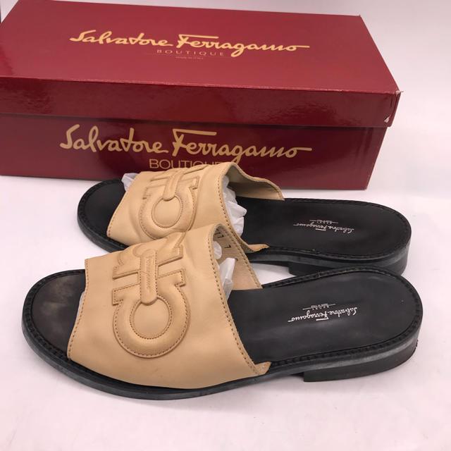 Salvatore Ferragamo(サルヴァトーレフェラガモ)のサルヴァトーレ フェラガモレザーサンダル 24.0cm レディースの靴/シューズ(サンダル)の商品写真