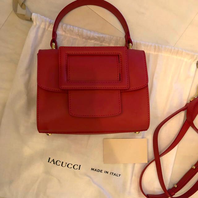 TOMORROWLAND(トゥモローランド)の専用  イアクッチ  バッグ レディースのバッグ(ショルダーバッグ)の商品写真