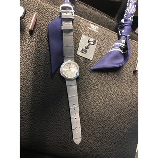 女性用 腕時計 シルバー色 WGコーティング ジルコニア