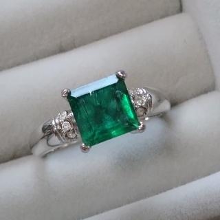 71 昭和レトロ 染め水晶リング 緑石 グリーン クォーツ 指輪(リング(指輪))