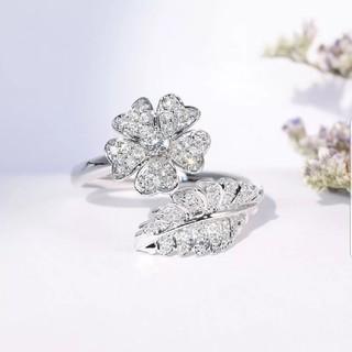 お花の可愛いダイヤモンドリング