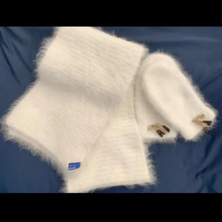 バーバリーブルーレーベル(BURBERRY BLUE LABEL)のバーバリーブルーレーベル マフラー 手袋 セット 白(マフラー/ショール)