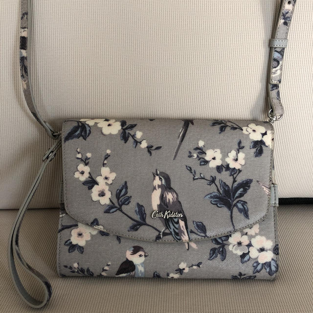 Cath Kidston(キャスキッドソン)のキャスキッドソン ショルダー 未使用 レディースのバッグ(ショルダーバッグ)の商品写真