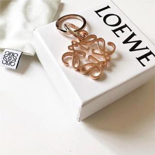 LOEWE - 【新品未使用】ロエベ LOEWE アナグラム キーリング ローズゴールド