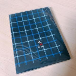 ディズニー(Disney)の【新品未使用】ミッキーチェックハンカチ♡(ハンカチ/ポケットチーフ)