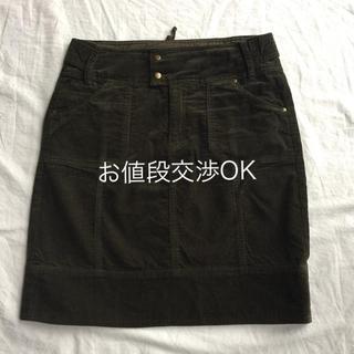 イッカ(ikka)の最終セール【美品】ikka💚濃いカーキ色コーデュロイスカート(ミニスカート)