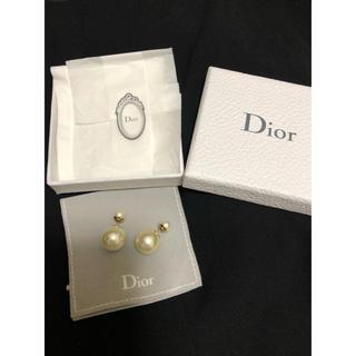 Christian Dior - Dior トライバルパールピアス