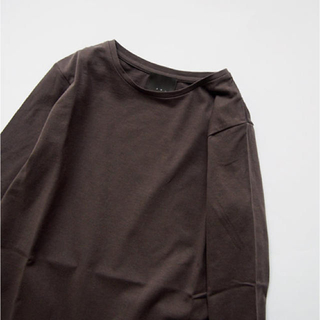 ネストローブ(nest Robe)のオローネ  イールカットソー    (カットソー(長袖/七分))