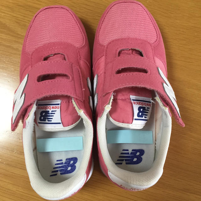 New Balance(ニューバランス)の美品❗️ニューバランス キッズ 19cm キッズ/ベビー/マタニティのキッズ靴/シューズ(15cm~)(スニーカー)の商品写真