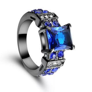 特価高品質!ブルークリスタルのブラックステンレスリング⑤ 10、11号相当(リング(指輪))