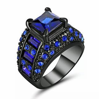 特価高品質!ブルークリスタルのブラックステンレスリング④ 10、11号相当(リング(指輪))