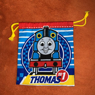 新品 機関車トーマス 巾着 コップ入などに 送料無料❣️
