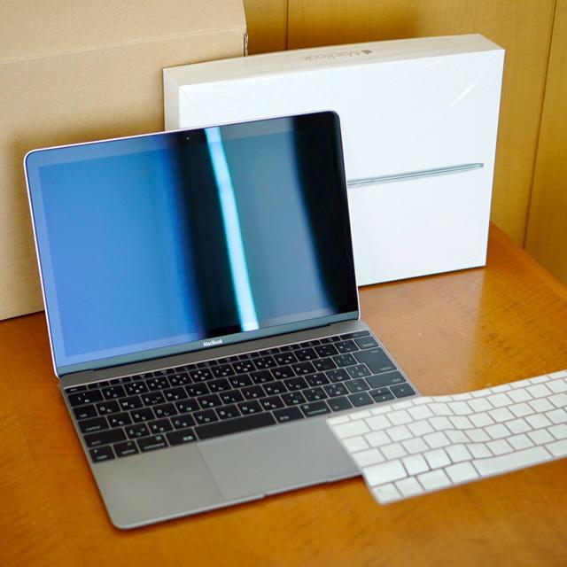 Apple(アップル)のMacBook 12インチ Early2016 スペースグレイ 中古 スマホ/家電/カメラのPC/タブレット(ノートPC)の商品写真