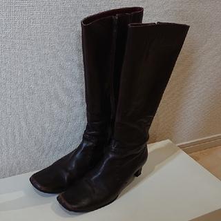 ストロベリーフィールズ(STRAWBERRY-FIELDS)のストロベリー・フィールズ ロングブーツ(ブーツ)
