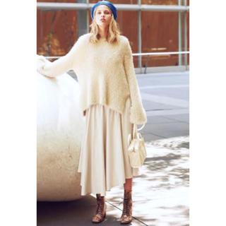 Mila Owen - 《新品タグ付き》ミラオーウェン ウエストシャーリングアシメ光沢スカート