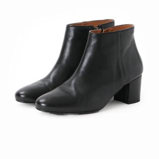 イエナスローブ(IENA SLOBE)のSLOBE IENA  ショートブーツ  ほぼ新品(ブーツ)