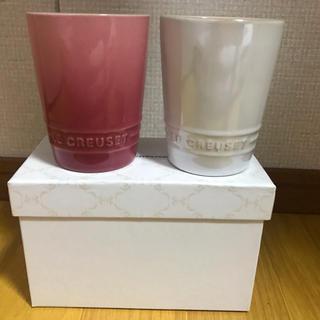 ルクルーゼ(LE CREUSET)のル・クルーゼマグカップピンク、白(マグカップ)