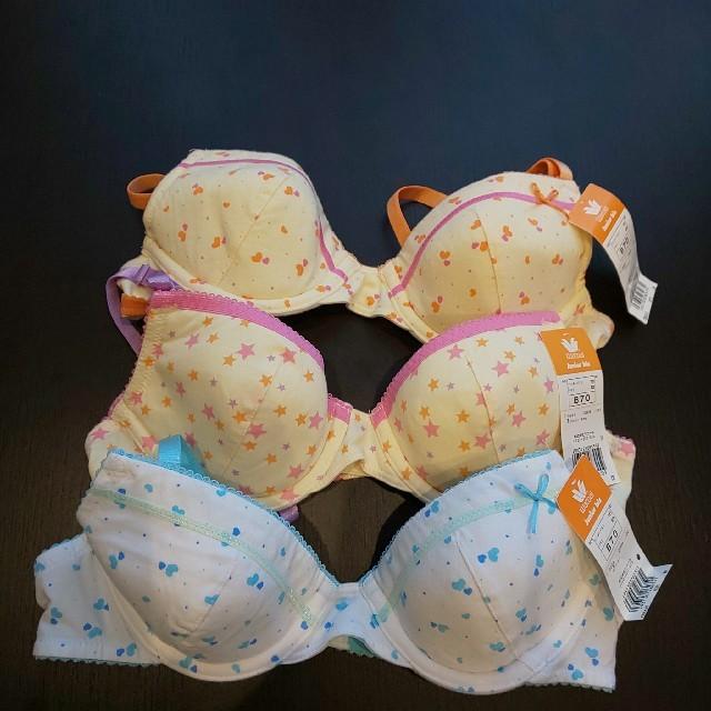 Wacoal(ワコール)の☆ワコール ジュニア ブラ☆サイズB70  豪華3点セット ファーストブラ新品  レディースの下着/アンダーウェア(ブラ)の商品写真