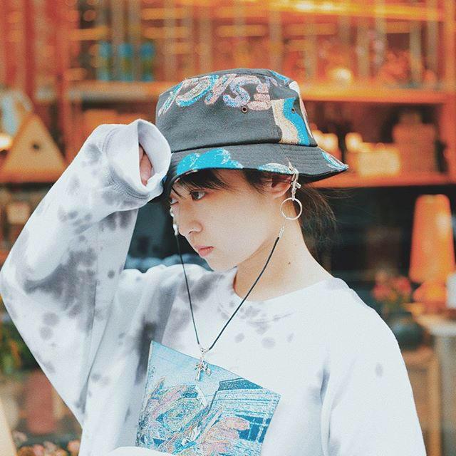 bodysong.(ボディソング)の本日まで売り切り値下げ 伊藤万理華 bodysong. コラボ ハット レディースの帽子(ハット)の商品写真
