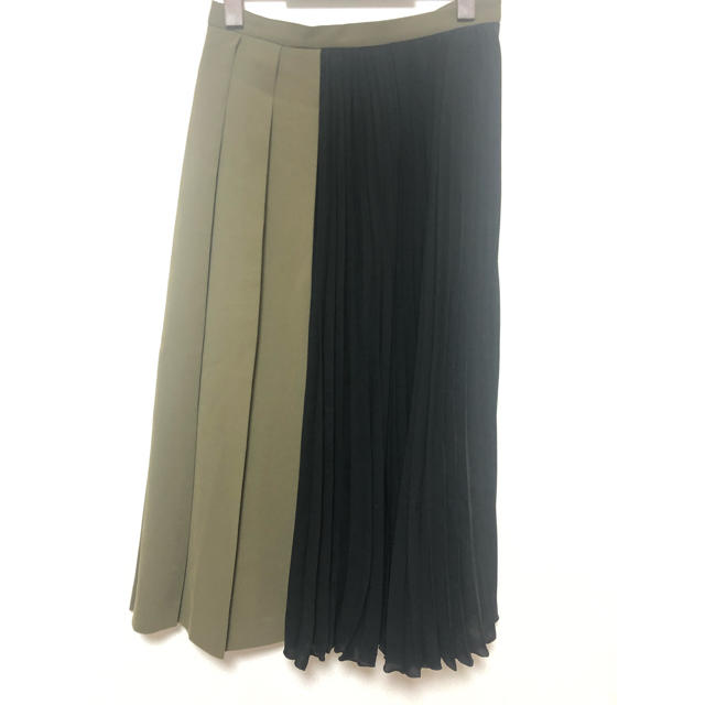 GRACE CONTINENTAL(グレースコンチネンタル)のダイアグラム バイカラープリーツスカート レディースのスカート(ロングスカート)の商品写真
