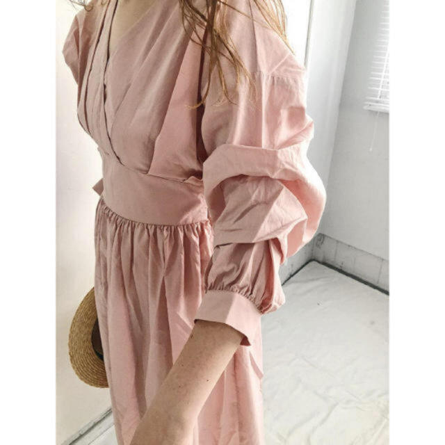 snidel(スナイデル)のボリューム袖 ピンク ワンピース レディースのワンピース(ロングワンピース/マキシワンピース)の商品写真