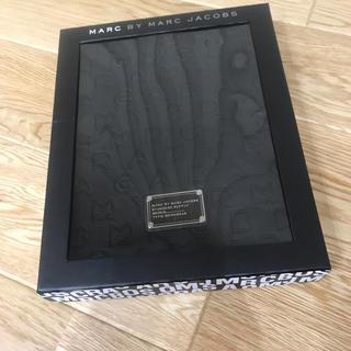 マークバイマークジェイコブス(MARC BY MARC JACOBS)のマークジェイコブス iPad タブレット ケース 新品未使用(iPadケース)