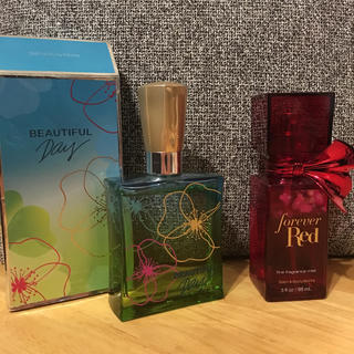 Bath & Body Works - BEAUTIFUL Day(75ml) / forever Red(88ml)
