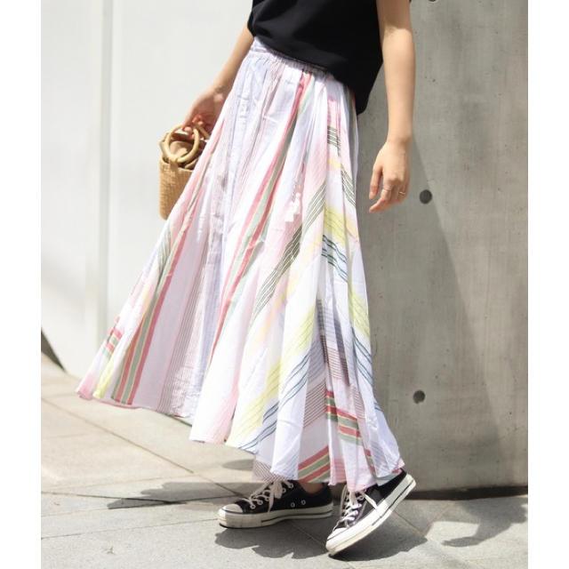 Spick and Span(スピックアンドスパン)のne Quittez pas ヌキテパ 別注ギャザーマキシスカート レディースのスカート(ロングスカート)の商品写真