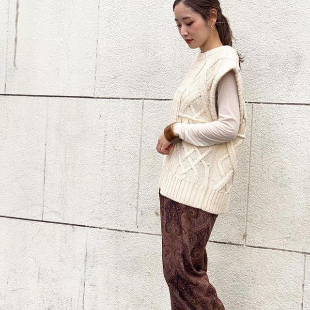 TODAYFUL(トゥデイフル)のTODAYFUL Cable Knit Vest レディースのトップス(ベスト/ジレ)の商品写真