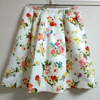 チェスティ(Chesty)の[再値下げ]Chesty 値下げ新品未使用flowerbird skirt 01(ひざ丈スカート)