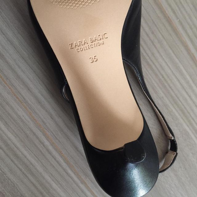 ZARA(ザラ)のZARA 本革バックストラップパンプス 35 レディースの靴/シューズ(ハイヒール/パンプス)の商品写真