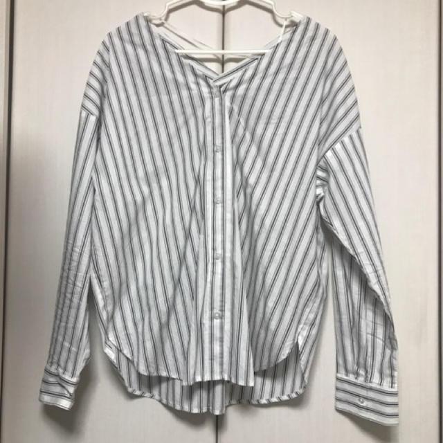 GU(ジーユー)のGU V字ブラウス レディースのトップス(シャツ/ブラウス(長袖/七分))の商品写真