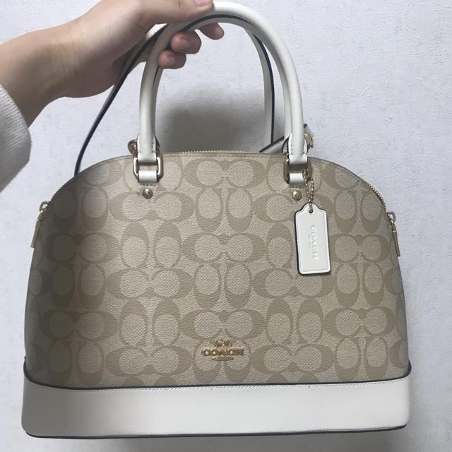 COACH(コーチ)のコーチ ミディアムバッグ ショルダーストラップ付き レディースのバッグ(ショルダーバッグ)の商品写真