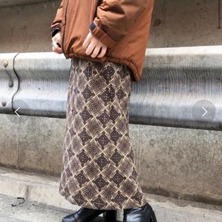 Kastane - 〈完売品〉総柄Iラインスカート
