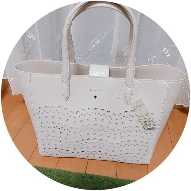 4℃(ヨンドシー)のルリア4℃トートバッグ レディースのバッグ(トートバッグ)の商品写真