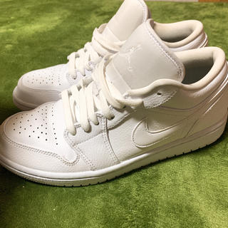 NIKE - NIKE JORDAN 1 LOW TRIPLE WHITE
