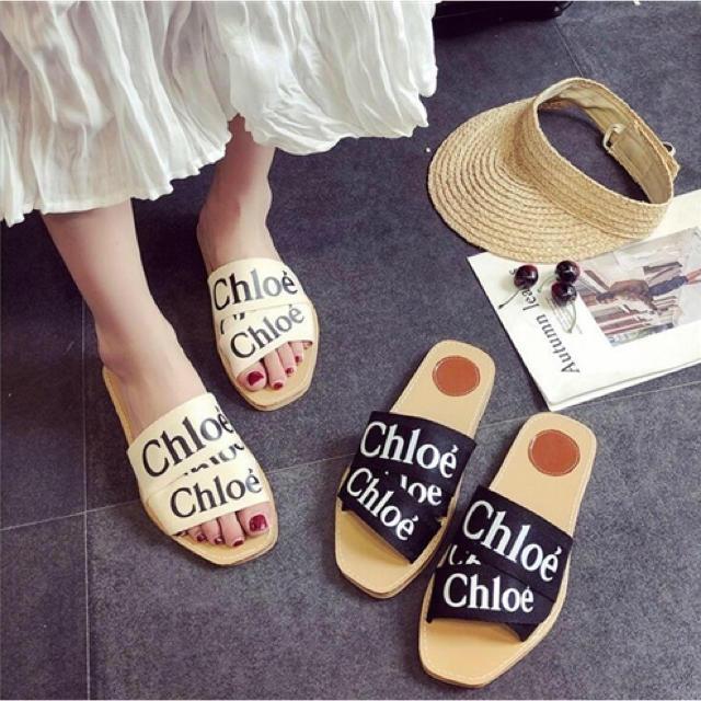 ZARA(ザラ)の英文字 フラットサンダル レディースの靴/シューズ(サンダル)の商品写真