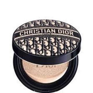 クリスチャンディオール(Christian Dior)のディオールスキン フォーエヴァー クッション ディオールマニア エディション(ファンデーション)