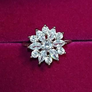 ❇️お値下げ中❇️キュービックジルコニア雪の結晶❄️の指輪(13号)(リング(指輪))