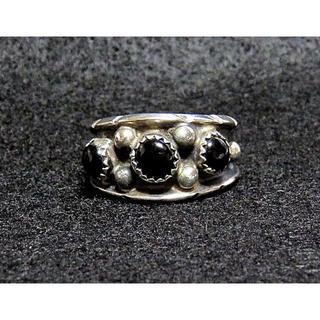 Vintage/新品・ズニ族・ミルトン ラジーロー作・1990年代品(リング(指輪))